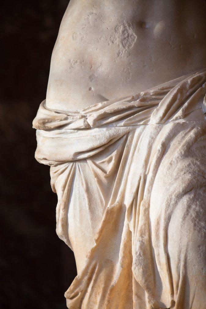 venus-de-milo-statue-9